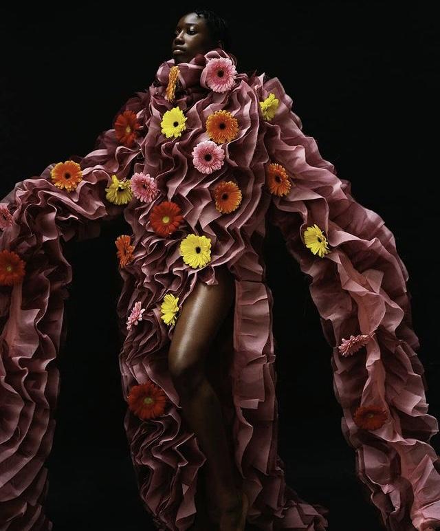 Asya Angelova editorial de Moda en estudio
